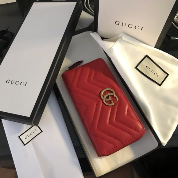 e6f7aa03514d Authentic Gucci GG Marmont Zip Around wallet